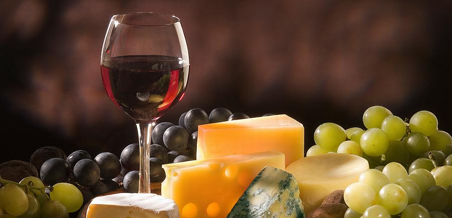 Afbeeldingsresultaat voor kaas en wijn